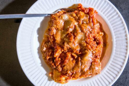 Lasagne au poulet et légumes printaniers