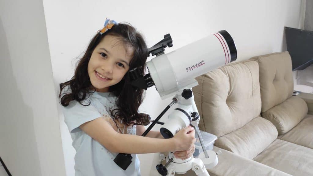 Space Look de vendredi (13) reçoit Nicolinha, un astronome de 8 ans